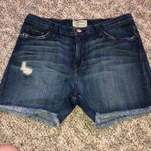 Current/Elliott Vintage Straight Cut off Shorts
